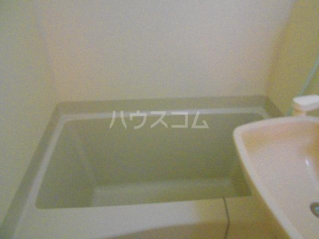 レオパレスボヌール 101号室の風呂