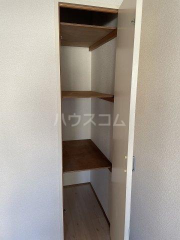 コーポアルプ 105号室の収納