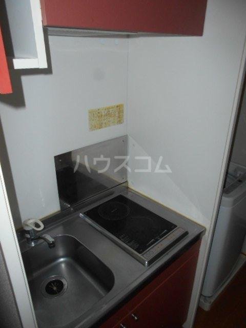 レオパレスWINS寺尾 303号室のキッチン