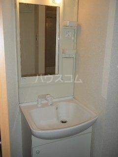 KING'S  COAT 210号室の洗面所