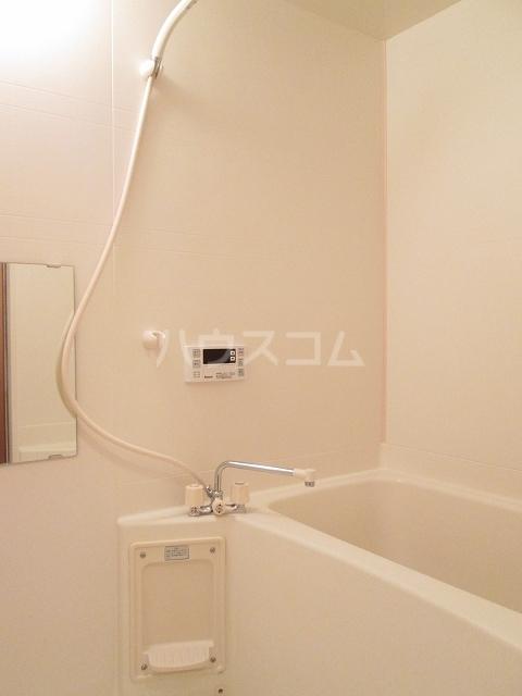 プリムロ-ゼ B 02020号室の風呂