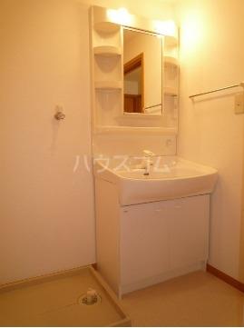 サン・ヒルズ永国B 02020号室のトイレ