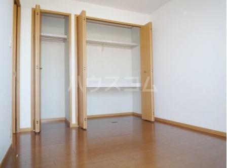 サン・ヒルズ永国B 02020号室の玄関