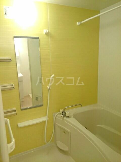 メゾン・メール 02010号室の風呂