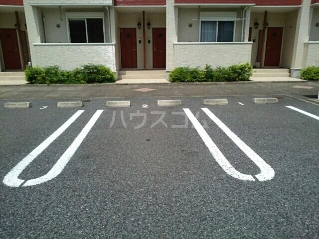 セイバリーⅡ 01020号室の駐車場