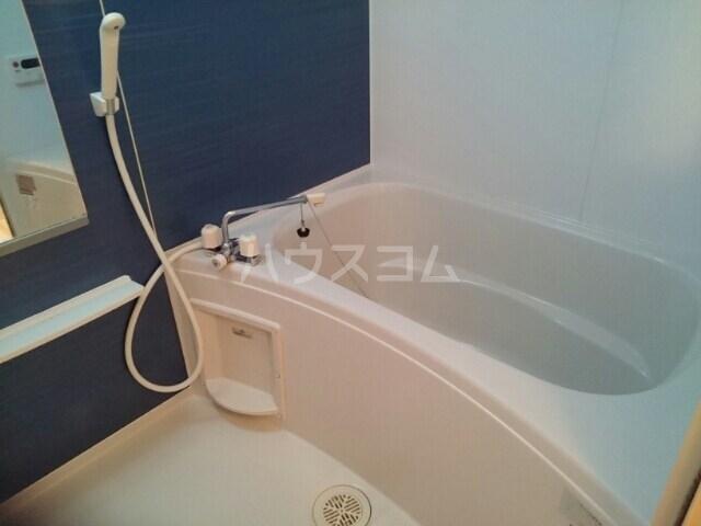 セイバリーⅡ 01020号室の風呂