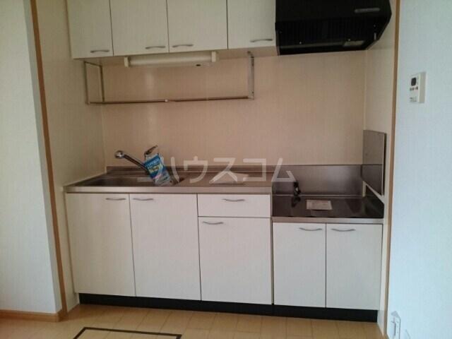 セイバリーⅡ 01020号室のキッチン