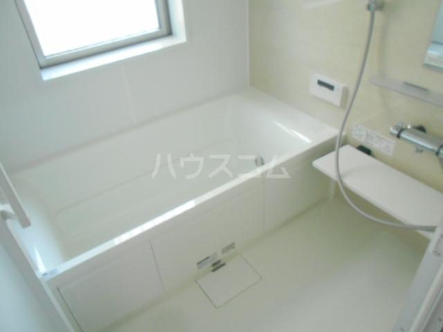 クオーレ鴨宮T棟の風呂