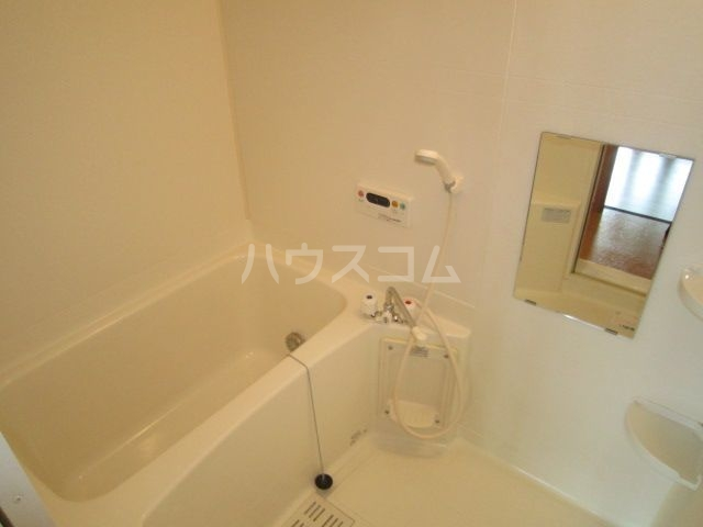 ラフレシールA 02010号室の風呂