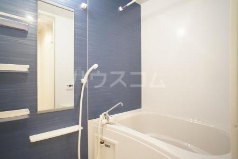 デスパシオ B 02010号室の風呂