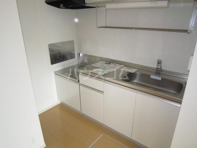 エンブレム ラビット 01020号室のキッチン