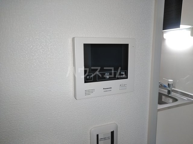 グランクオール梅島二丁目 103号室のセキュリティ