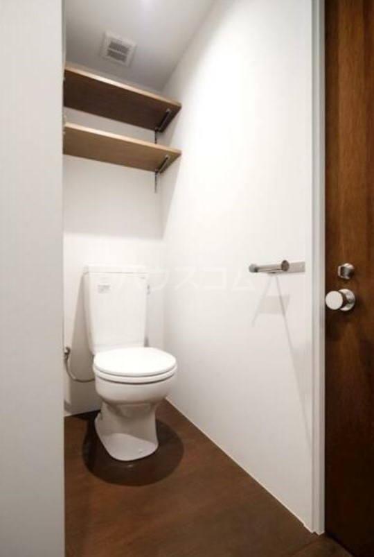 ハイネス第2巣鴨 101号室のトイレ