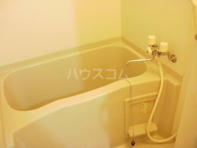 メゾンクラッソ 203号室の風呂