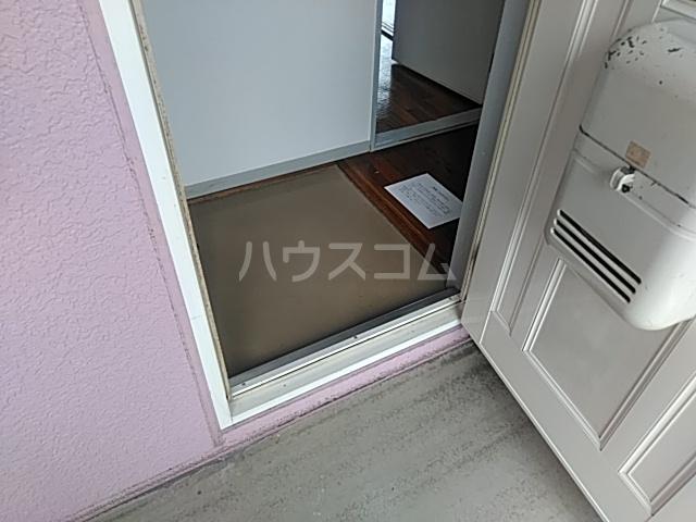 アーバンライフ横落 B 201号室の玄関