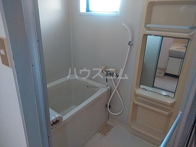 アーバンライフ横落 B 201号室の風呂