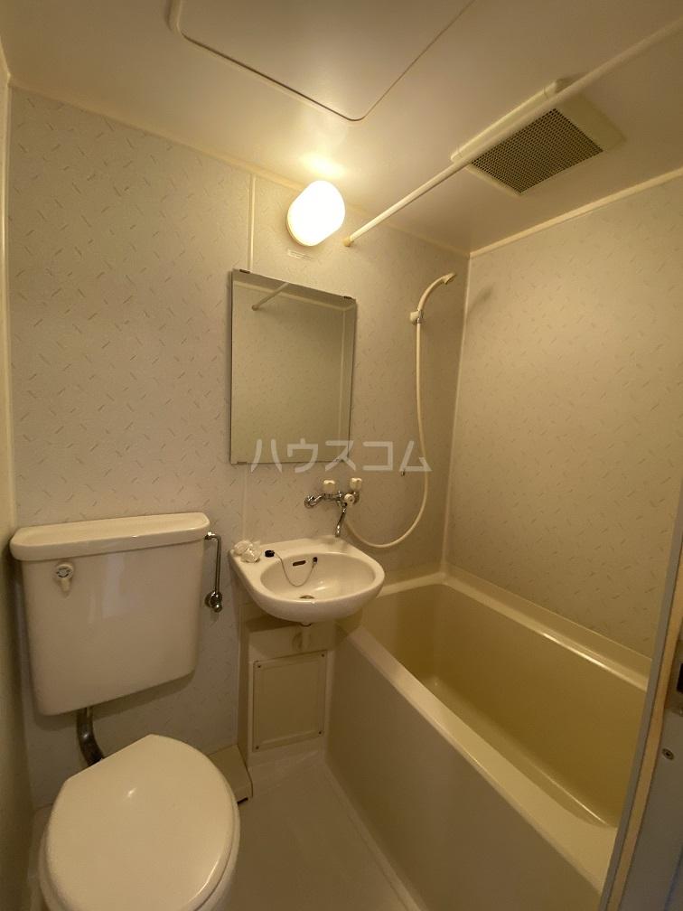 ダイアパレスステーションプラザお花茶屋 511号室の風呂