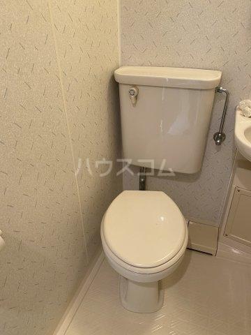 ダイアパレスステーションプラザお花茶屋 511号室のトイレ