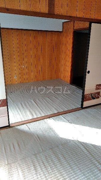 高里アパート 201号室の居室