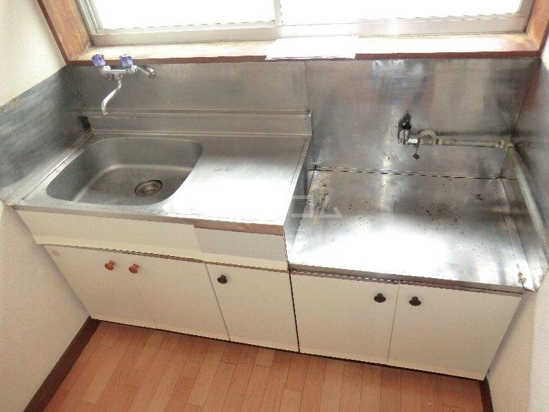 水心荘 2-E号室のキッチン