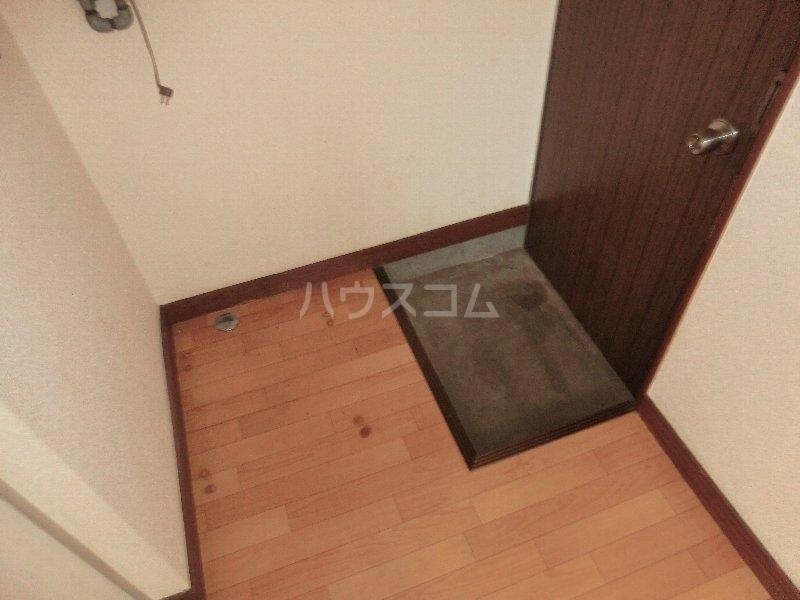 水心荘 2-E号室の玄関