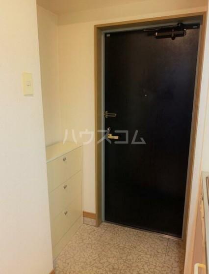 GIビルⅢ 302号室の玄関