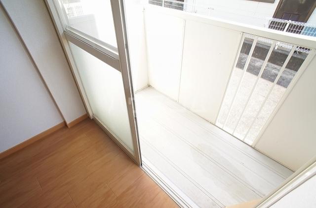 コンフォート2 01010号室のバルコニー