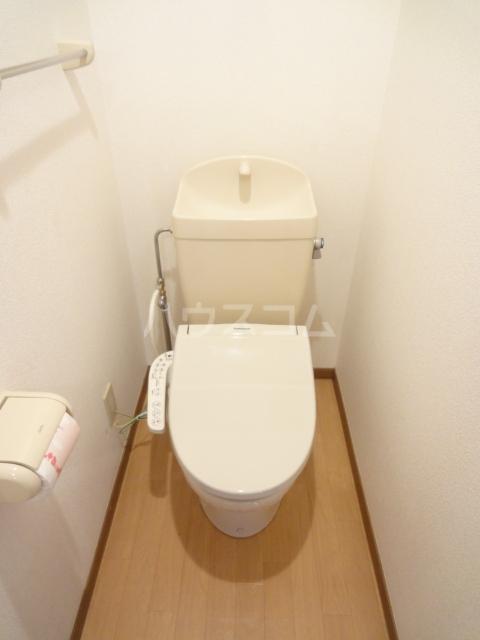オークレイコートⅠ 01040号室のトイレ