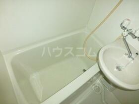 ウイングコート 105号室の風呂