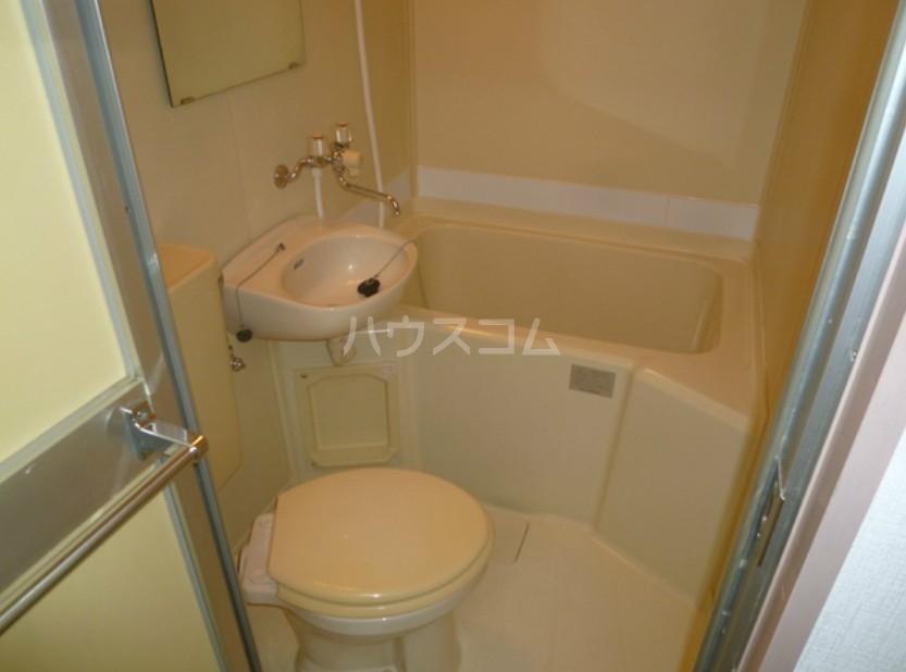 メントハウス富士見 205号室の風呂