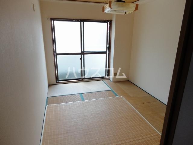 レジデンス桂 202号室のバルコニー