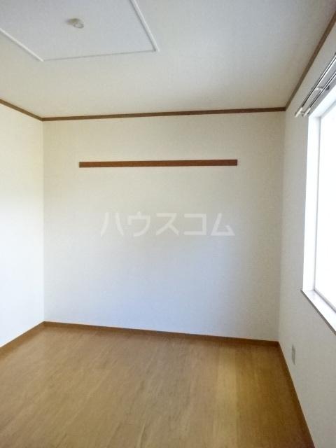 エスポワール大井A 01010号室の居室