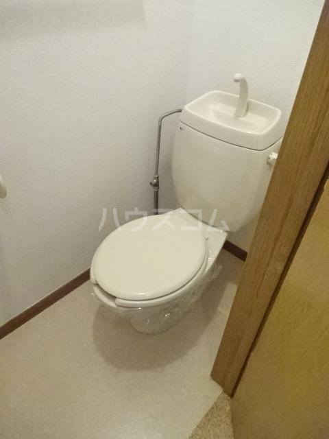 エスポワール大井A 01010号室のトイレ