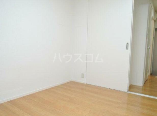 ハッチハウス松原 101号室の居室