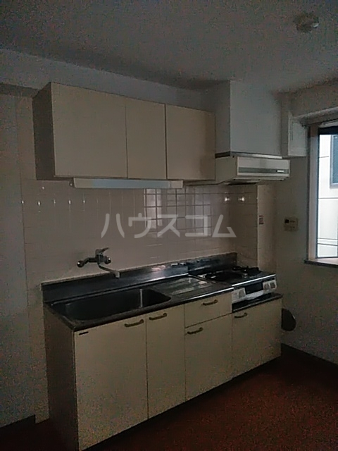 パラスアテネ 201号室のキッチン