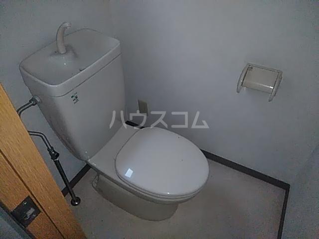 パラスアテネ 201号室のトイレ