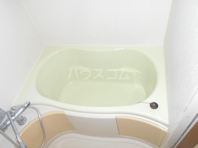 グリーンハウス田部井5号棟の風呂