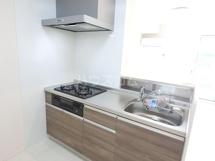 アクロスN 105号室のキッチン