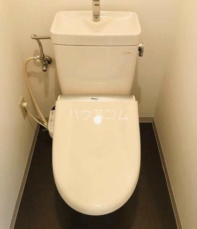 ヴィエント目白 104号室のトイレ