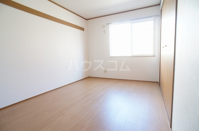 ブレッザA 01030号室のベッドルーム