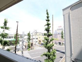 プレール荻窪弐番館 304号室の景色