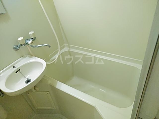 ダイアパレスアクティブシティ本厚木 208号室の風呂