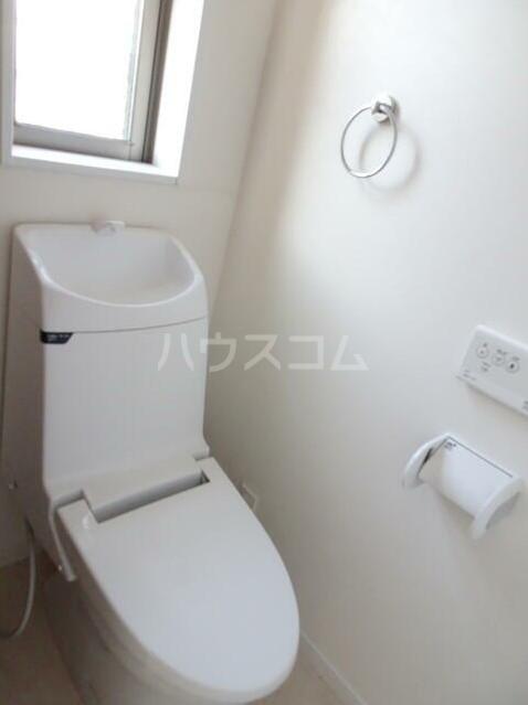 G・Aタウン南太田A棟 201号室のトイレ