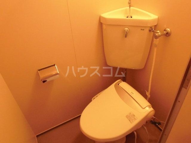 コーポラス花園 201号室のトイレ