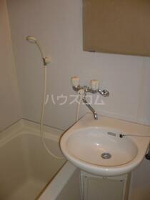 ライオンズマンション新横浜B館 206号室の洗面所