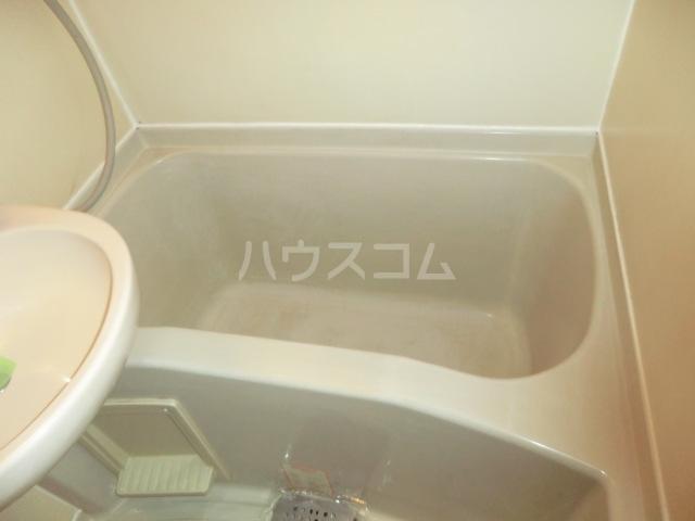 メゾン・ド・オルティー 0307号室の風呂