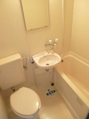 スカイコート下高井戸 1108号室のトイレ