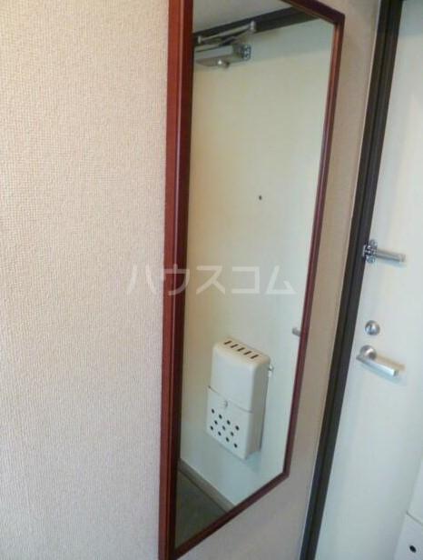スカイコート下高井戸 1001号室の玄関