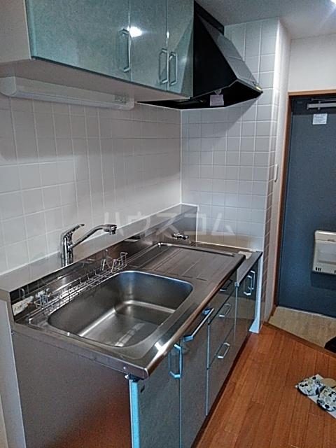 CHARITE HIYOSHI 207号室のキッチン
