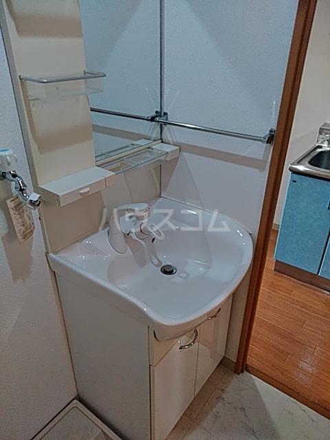 CHARITE HIYOSHI 207号室の洗面所